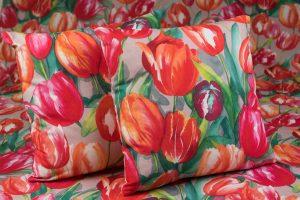 tulipános dekor anyag párna