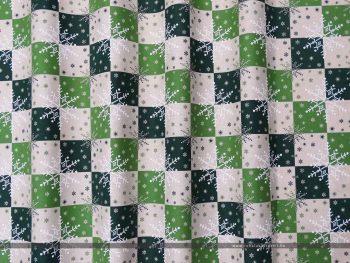 Hópelyhes dekorvászon zöld 07125-02 hullámos