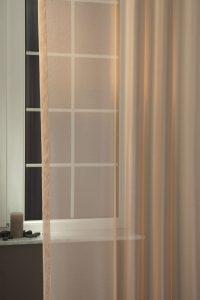 Liliána fényáteresztő függöny szines cappucino