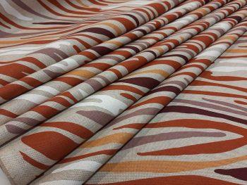 terrra-zebra-hullámos oldalról