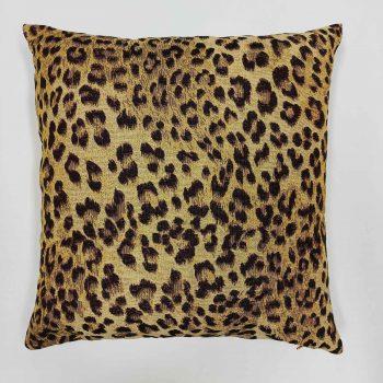 díszpárna leopárd mintával