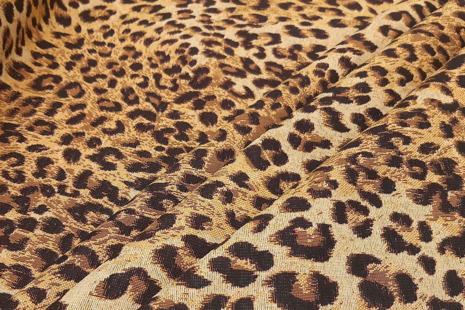 leopárd mintás bútorszövet1800