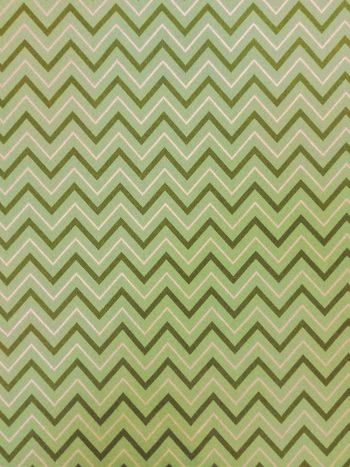 Zöld-arany chevron mintás dekorvászon 100